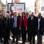 Liz signs pledge for HIV testing campaign