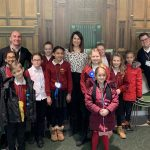 Liz welcomes pupils from Glebelands Primary School to Parliament